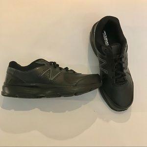 NWOT New Balance 411 Cushioning Comfort Sneakers